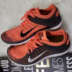 Women's Nike Free 4.0 Flyknit Sneakers